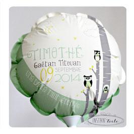 """Ballon personnalisé pour une naissance : """"hiboux et arbres"""""""