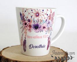 MUG conique ou droit Dreamcatcher - attrape-rêves mauve, violet et rose - Boho plumes pour maîtresse ou AVS ou ATSEM ou Nounou - cadeau de fin d'année scolaire