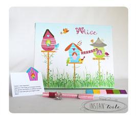 Tableau à empreintes : oiseaux et nichoirs colorés avec des fleurs en empreintes