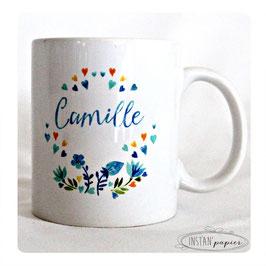 """MUG Modèle """"fleurs et coeurs façon aquarelle à dominante bleue"""""""