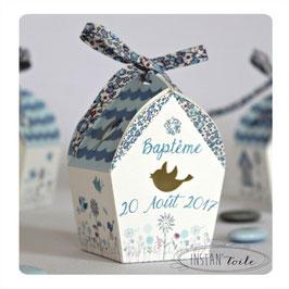"""Boite forme nichoir - thème """"oiseaux et liberty Eloïse bleu lavande"""""""