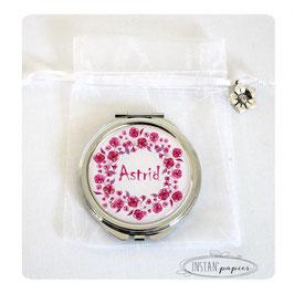 Miroir couronne de fleurs framboise fuchsia