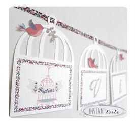 Guirlande prénom sur cage avec ruban liberty Eloise pastel pour décoration personnalisée de fête