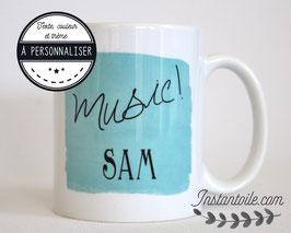 Mug texte, couleur et thème à personnaliser dans un cadre type aquarelle : mug pour homme & femme