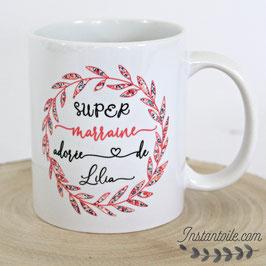 Mug personnalisé pour super marraine ou super nounou : couronne de feuillage en liberty Wiltshire pois de senteur