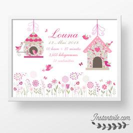 Tableau naissance personnalisé  : fleurs, oiseaux et nichoirs en liberty Eloïse rose pour décoration de chambre de bébé