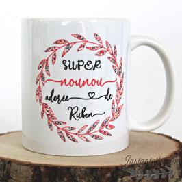 Mug personnalisé pour super nounou ou autre texte : couronne de feuillage en liberty Wiltshire pois de senteur