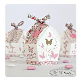 """Boite forme nichoir - thème """"papillons et liberty Eloïse rose"""""""