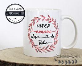 Mug personnalisé pour super nounou, maitresse ou autre texte : couronne de feuillage en liberty Wiltshire pois de senteur