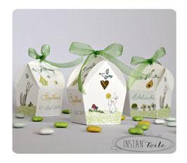 """Boite forme nichoir : thème """"Au jardin : nuances de vert, blanc et jaune"""""""