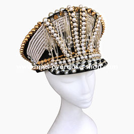 'Pearlicious' officer hat