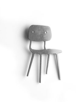 BROOCH - Revolt Chair | Friso Kramer