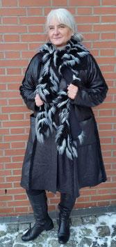 Winterschal Spiralenschal Fellboa schwarz - weiß Cora