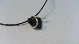 collier cœur gothique noir en Ébène et serpents en argent 950, le classique