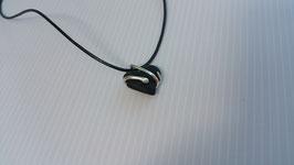 collier cœur gothique noir en Ébène et serpent en argent 950 , le classe