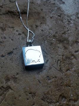 Pendentif / plaque bijoux pour bébé disparu, MFIU, IMG , modèle MARIE-LOU