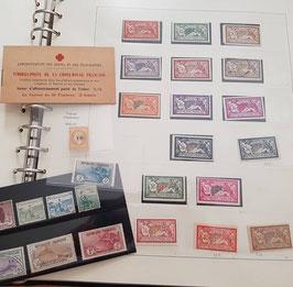 LOT #18 FRANCE collection de timbres dont n°34, n°155 et carnet Croix Rouge 1914
