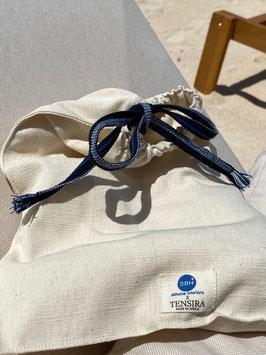POCHETTE  - Modèle unique - Made in Africa - Multifonctions - Indispensable - Chaque ruban est différent - Surprise -