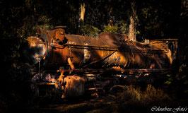 Trein in de duisternis