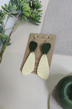 Ohrringe Form organisch Dunkelgrün Zitrone, Hänger silberfarben