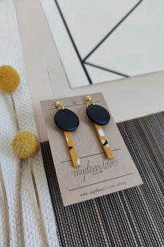 Ohrringe Kreis schwarz, Stab senf Muster, Stecker goldfarben
