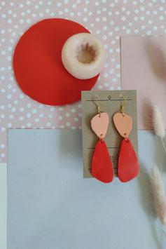 Ohrringe Form organisch Mango Rot, Hänger goldfarben