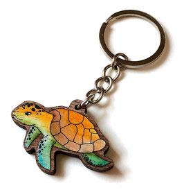 Schlüsselanhänger aus Walnussholz: Schildkröte