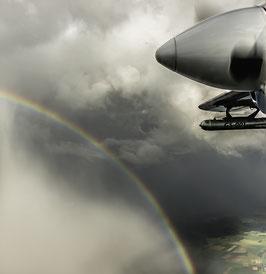 -WEDA-BUIDL-    Regenbogen gegen Propeller,   Alu-Dibond