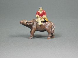 Figur Büffel aus Ton