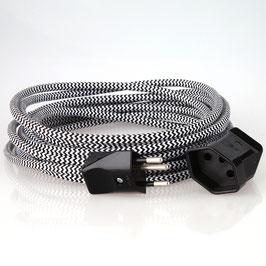 Textilkabel Verlängerung schwarz-weiß Zick-Zack mit Schweizer Stecker auf Kupplung
