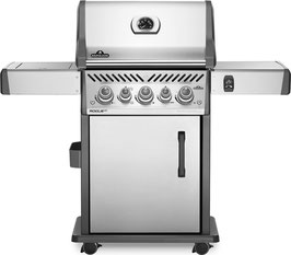 Napoleon barbecue a gas Rogue RSE425RSIB con fuoco laterale infrarossi + 12 coltelli per bistecca gratuito.