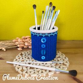 Upcycling PlumeDubois. Pot à crayon bleu