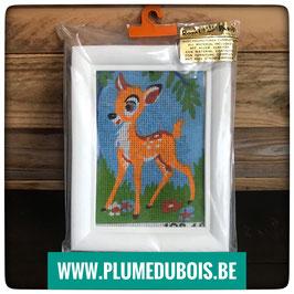 Vintage neuf kit à broder bambi