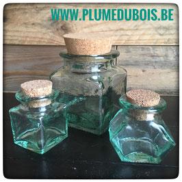 Vintage. Lot de 3 petits pots bocaux en verre couvercle en liège