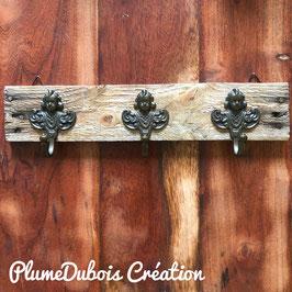 Upcycling PlumeDubois, jolie patère 3 petits anges