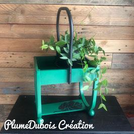 Création PlumeDubois. Petit meuble, porte plante