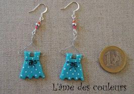 Boucle d'oreilles, mes petites robes sur cintre couleur bleu vert