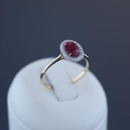 Ring aus 585-Weißgold, Rubin und Diamanten