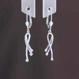 Ohrhänger aus 375-Weißgold und Zirkonia