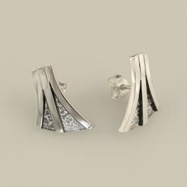 Handgearbeitete Ohrstecker aus 925-Sterlingsilber
