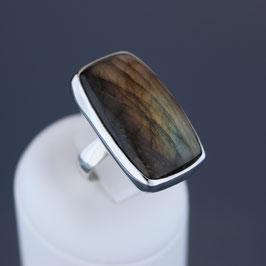 Ring aus 925-Sterlingsilber und Labradorit