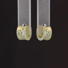 Scharnierkreole aus gelbvergoldetem 925-Sterlingsilber und Zirkonia