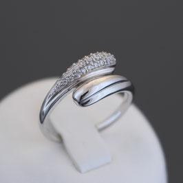 Ring aus 333-Weißgold und Zirkonia