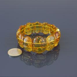 Armband mit Gummizügen aus baltischen Bernsteinen