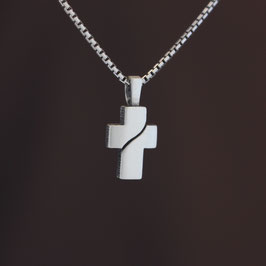 """Anhänger """"Kreuz"""" aus geschwärztem 925-Sterlingsilber"""