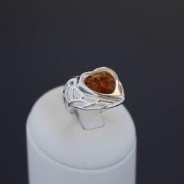 """Ring """"Herz"""" aus 925-Sterlingsilber und baltischem Bernstein"""