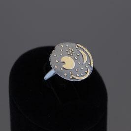 """Offenere Ring """"Himmelsscheibe von Nebra"""" aus geschwärztem 925-Sterlingsilber mit teilweiser Gelbvergoldung"""
