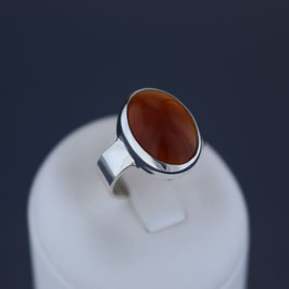 Ring aus 925-Sterlingsilber und Carneol
