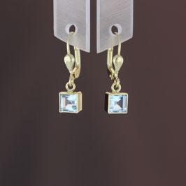 Ohrhänger aus 333-Gelbgold und Blautopas