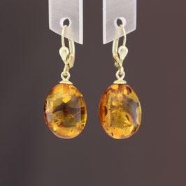 Ohrhänger aus 333-Gelbgold und baltischem Naturbernstein